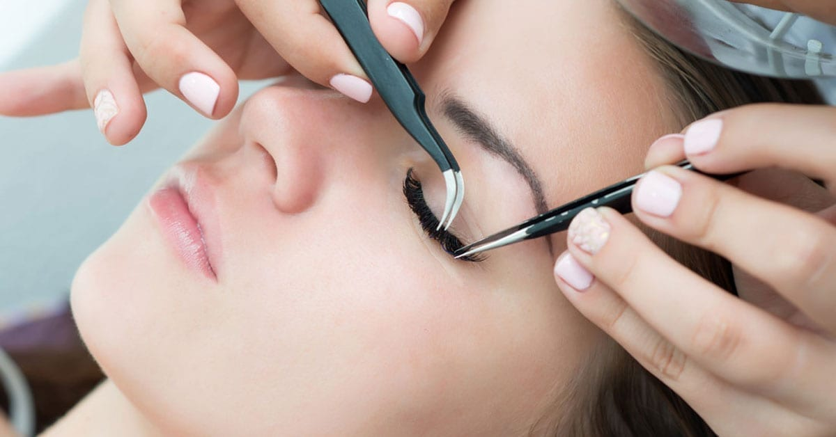 Best Glue for Volume Eyelash Extensions